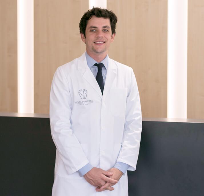 dr-marc-quevedo-pou_V7A2878-2